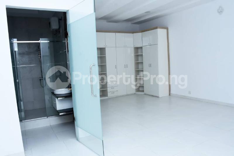 5 bedroom Detached Duplex House for sale Osapa london Lekki Lagos - 4