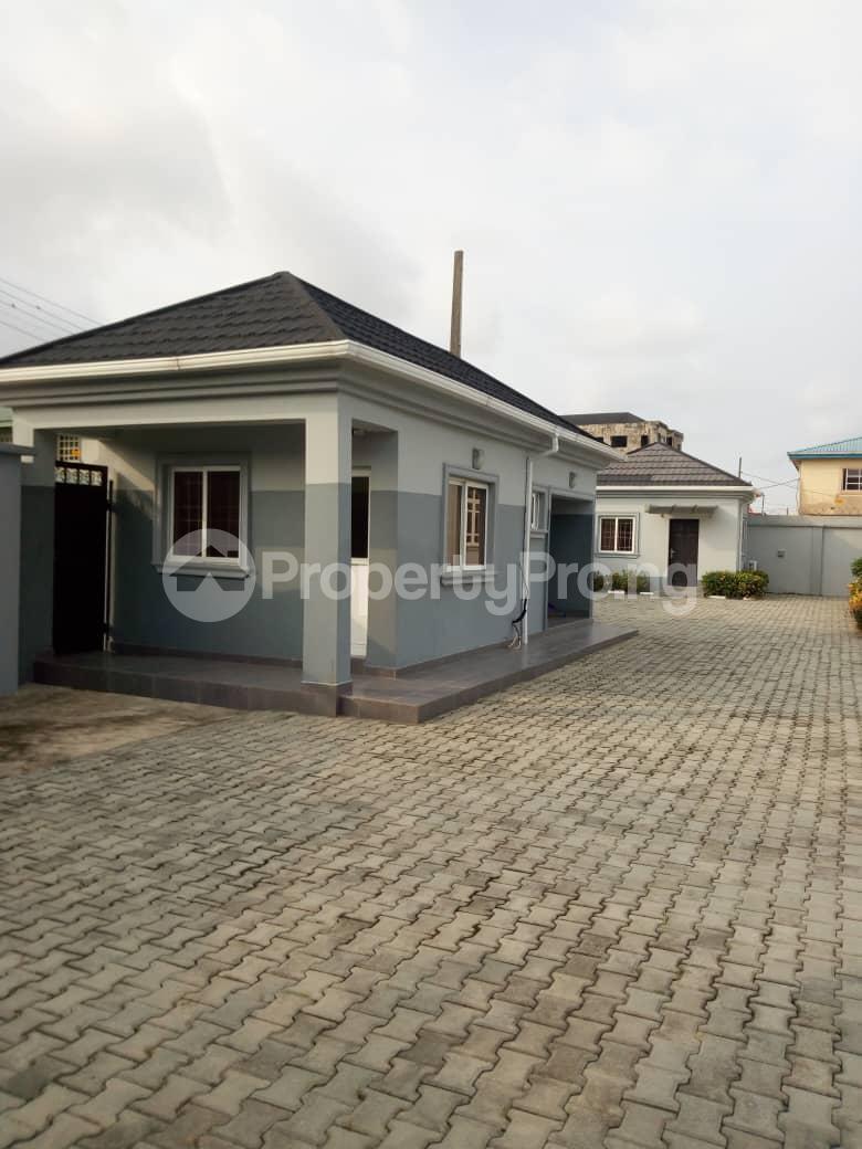 4 bedroom Detached Bungalow House for sale Graceland Estate, Ajiwe Ajah Lagos - 2