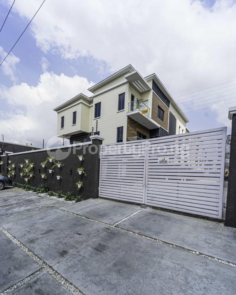 4 bedroom Terraced Duplex for sale Lekki 1 Lekki Phase 1 Lekki Lagos - 2