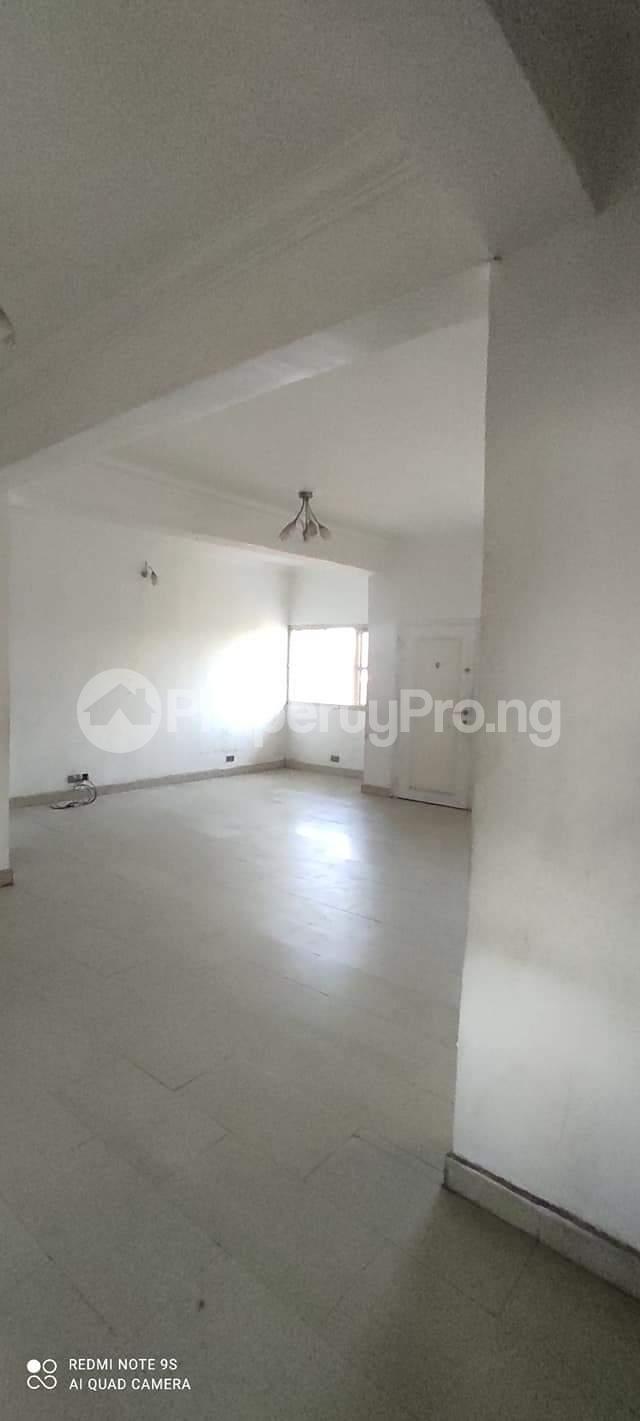 3 bedroom Penthouse Flat / Apartment for rent Alaka Estate  Alaka Estate Surulere Lagos - 7