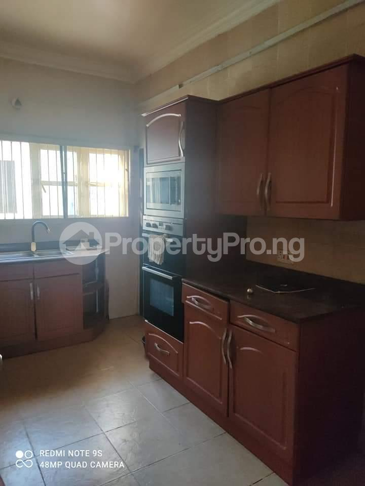 3 bedroom Penthouse Flat / Apartment for rent Alaka Estate  Alaka Estate Surulere Lagos - 11