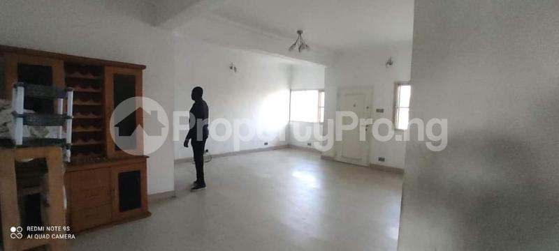 3 bedroom Penthouse Flat / Apartment for rent Alaka Estate  Alaka Estate Surulere Lagos - 17