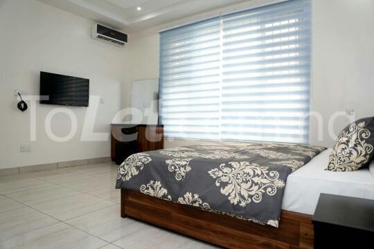 3 bedroom Flat / Apartment for shortlet Ozumba Mbadiwe Road Victoria Island Lagos - 2