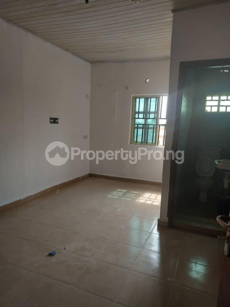 1 bedroom mini flat  Mini flat Flat / Apartment for rent Omo Oba Olukolu Street Igbo-efon Lekki Lagos - 3