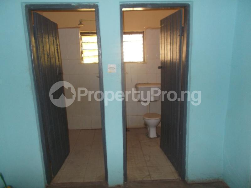 5 bedroom Detached Bungalow for sale Oyo Ogbomoso Road Ogbomosho Oyo - 9