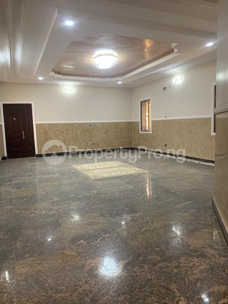 8 bedroom Detached Duplex for sale Gwarinpa Gwarinpa Abuja - 11