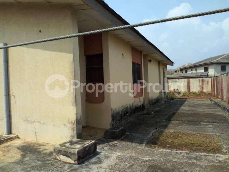 6 bedroom Detached Bungalow for sale Oguntade Str,remade Junction,eyita Ikorodu Ikorodu Lagos - 2