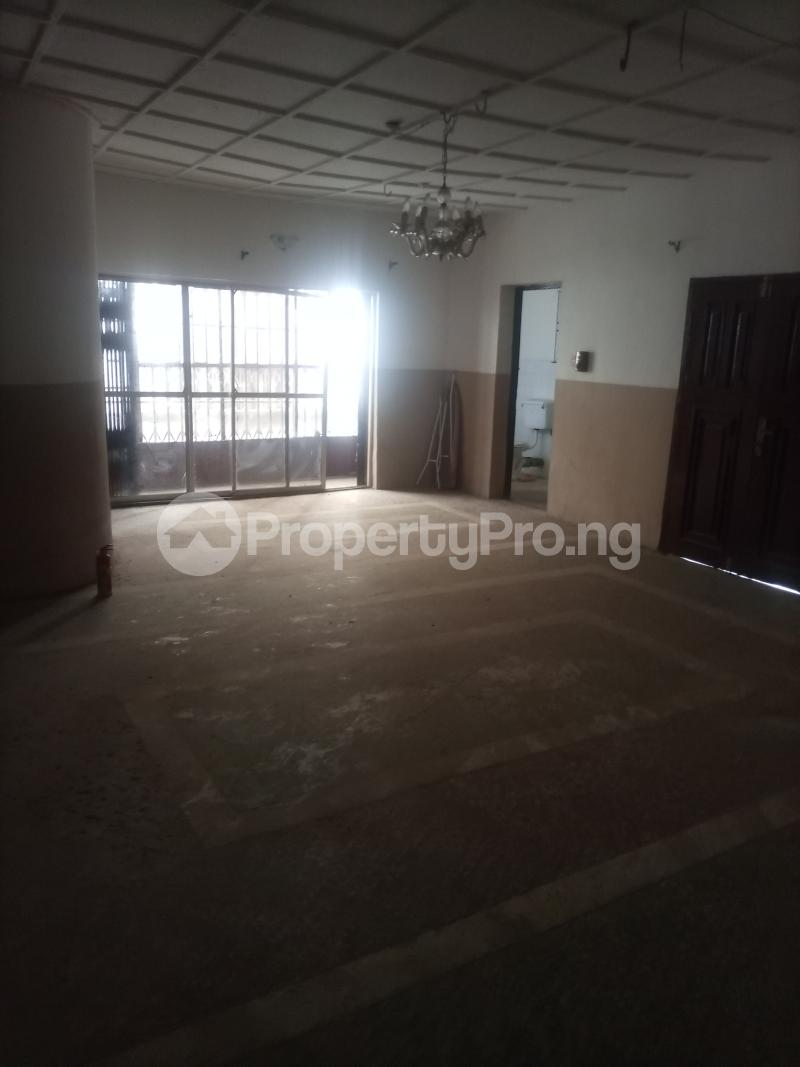 2 bedroom Flat / Apartment for rent Parkview Ago palace Okota Lagos - 3