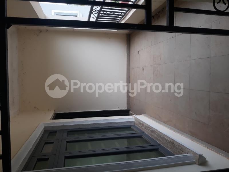 3 bedroom Blocks of Flats House for rent Sabon Lugbe  Lugbe Abuja - 14