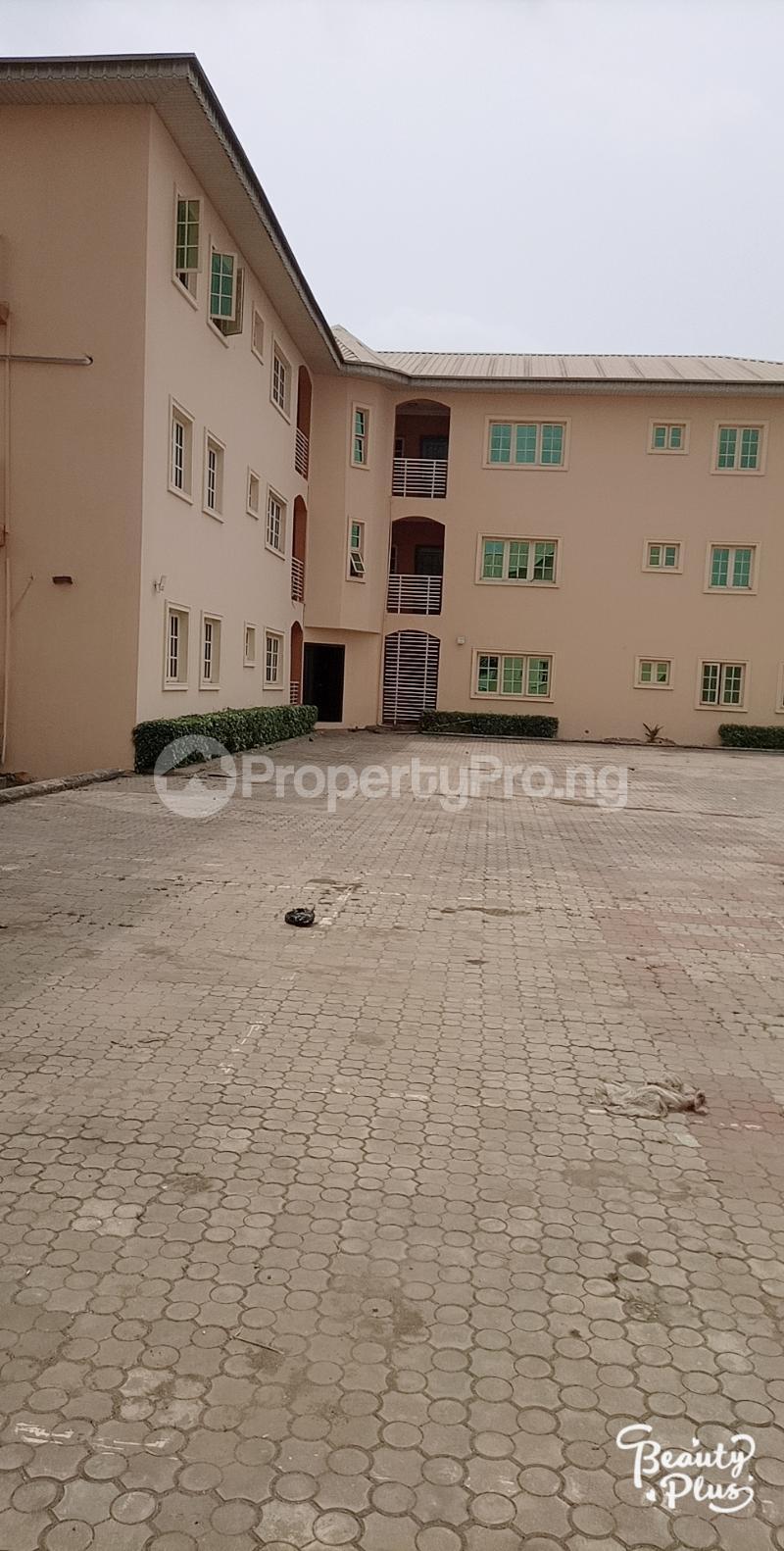 3 bedroom Flat / Apartment for rent Oke Afa isolo. Lagos Mainland Oke-Afa Isolo Lagos - 2