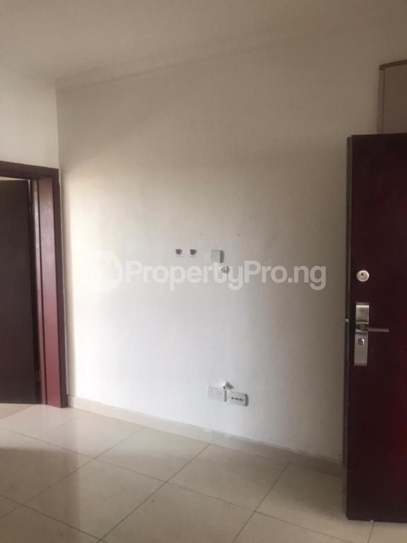 1 bedroom mini flat  Mini flat Flat / Apartment for rent Bourdillon Court Estate Lekki Lagos - 4