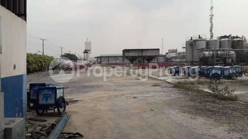 Commercial Land Land for sale Apapa-Oshodi Express Way by Iyana Isolo Ilasamaja Mushin Lagos - 2