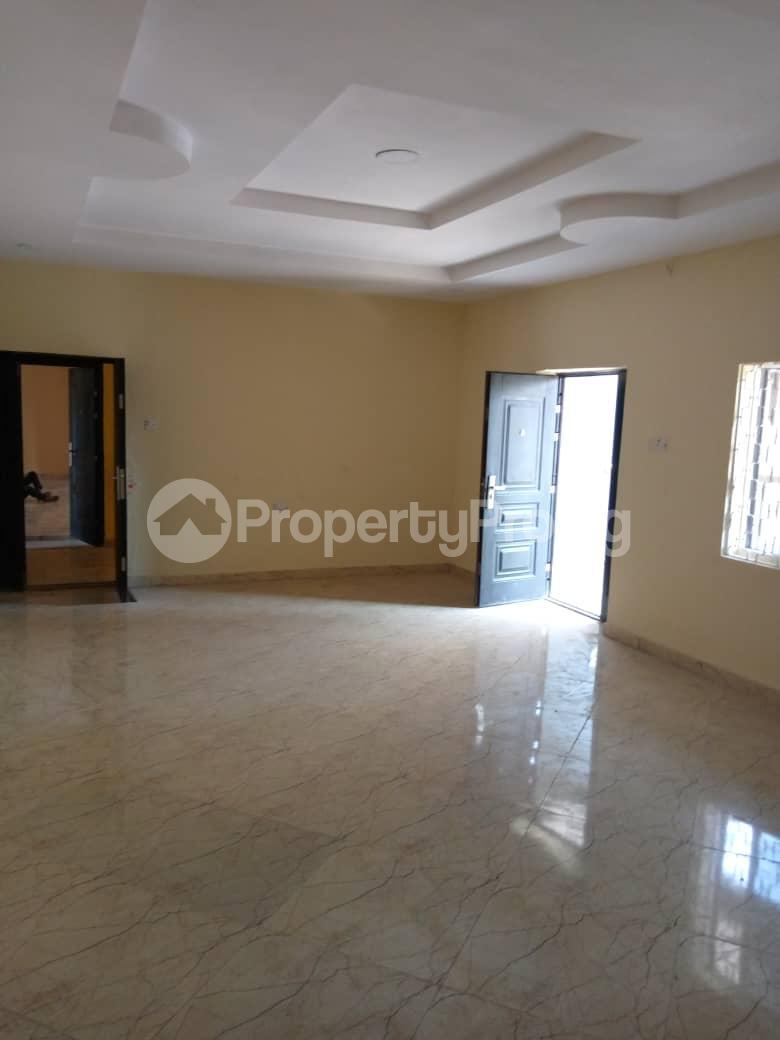 3 bedroom Flat / Apartment for rent Adeoyo Gra, Off Ring Road, Ibadan Ring Rd Ibadan Oyo - 1