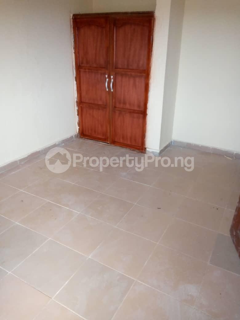3 bedroom Flat / Apartment for rent Adeoyo Gra, Off Ring Road, Ibadan Ring Rd Ibadan Oyo - 4