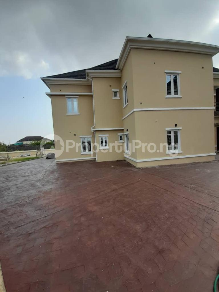 5 bedroom House for sale In An Estate Along Abraham Adesanya/ogumbo Road Close To Abraham Adesanya Roundabout Lekki Lagos - 4