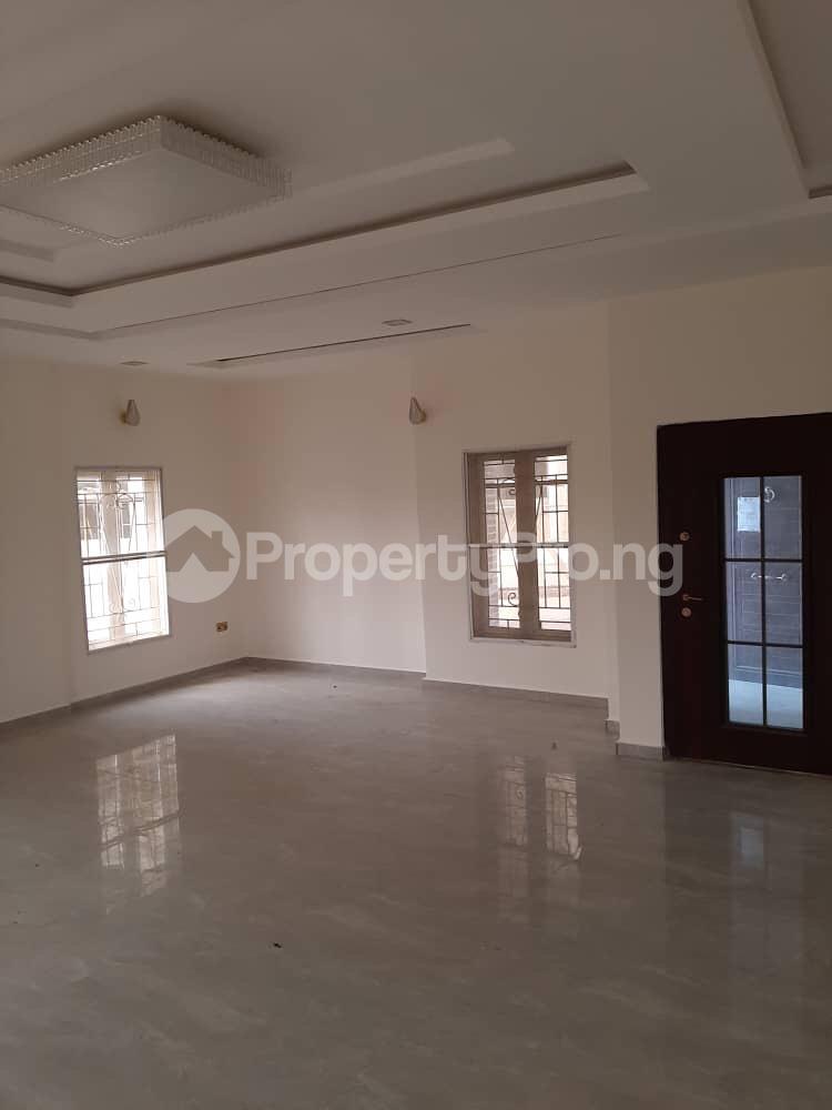 5 bedroom House for sale In An Estate Along Abraham Adesanya/ogumbo Road Close To Abraham Adesanya Roundabout Lekki Lagos - 14