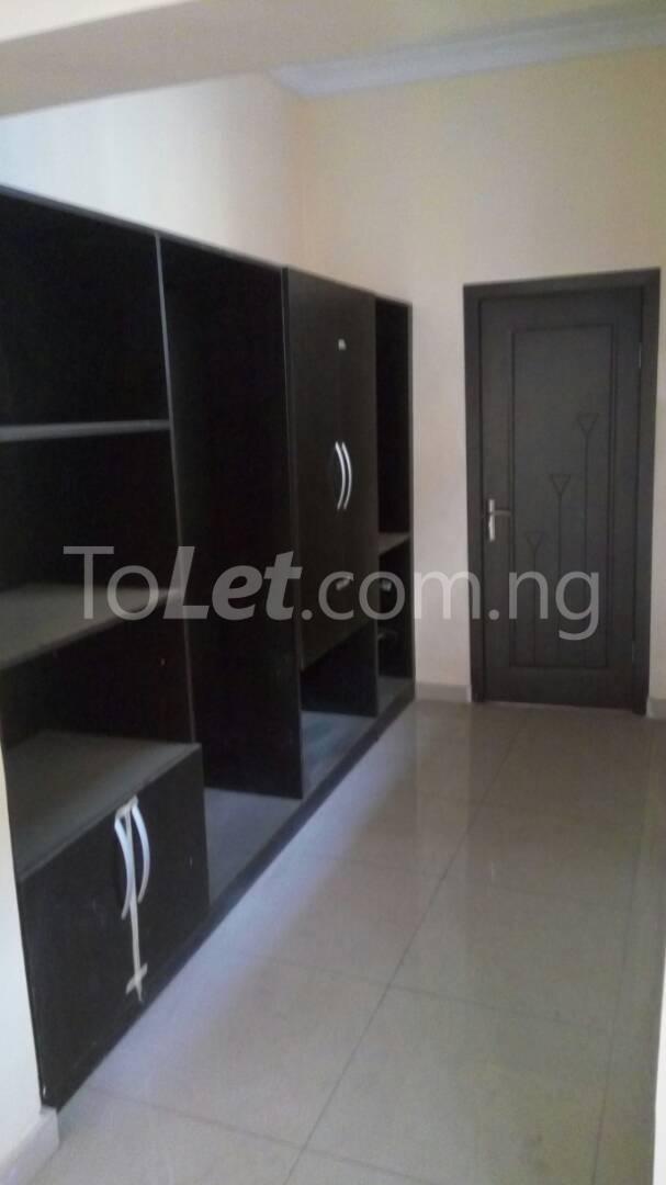5 bedroom House for sale 23 Ajidagba Street, Opposite I.E.F Islamic Centre Magodo Kosofe/Ikosi Lagos - 5