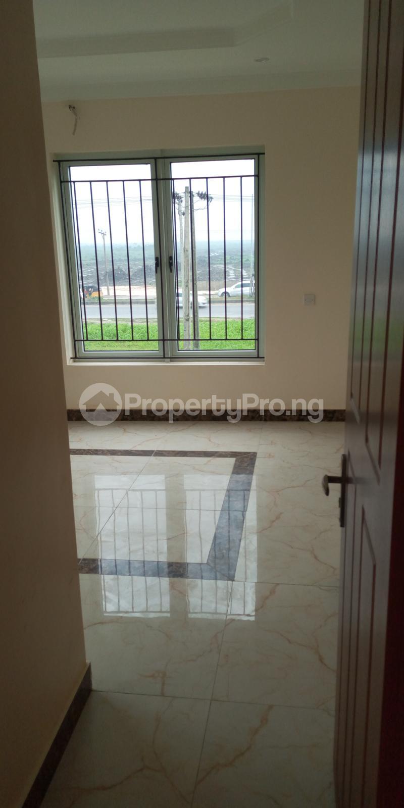 5 bedroom Detached Duplex House for rent Peace Gardens Estate Monastery road Sangotedo Lagos - 5