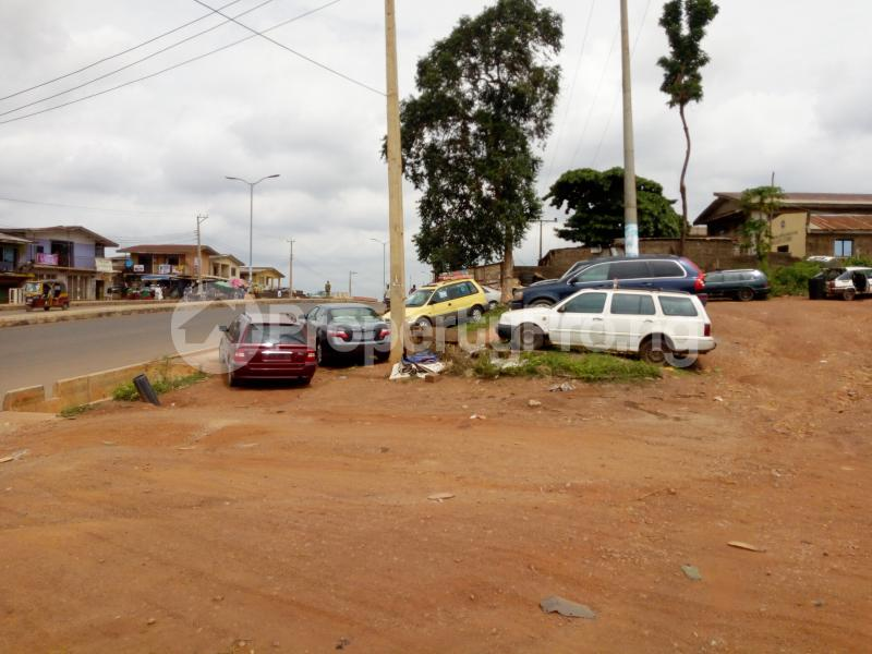 Commercial Land Land for sale Sawmill Bus stop, facing main Old ife road Ibadan Oyo - 5