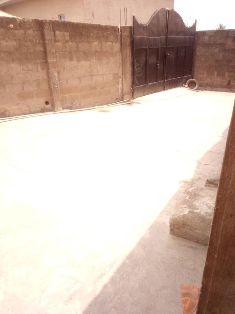 5 bedroom Flat / Apartment for sale para Inu ewe,new airport road alakia Ibadan Egbeda Oyo - 13
