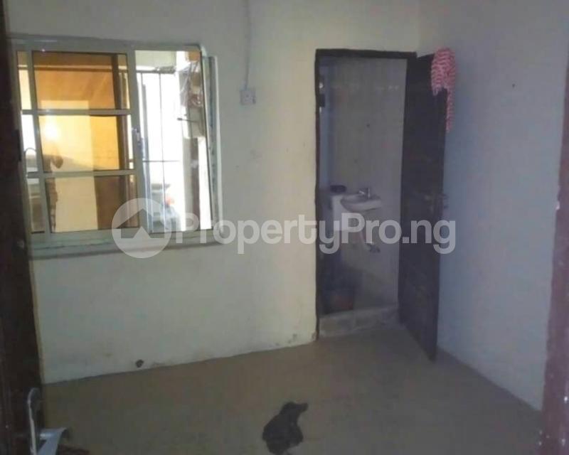 3 bedroom Flat / Apartment for sale Diamoud estate Isheri Egbe/Idimu Lagos - 7