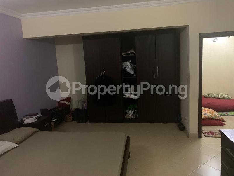 3 bedroom Massionette for sale Jacob Mew Estate Alagomeji Yaba Lagos - 2
