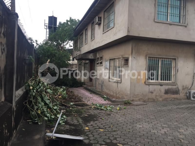 4 bedroom Detached Duplex House for rent Coker Road Ilupeju Lagos - 3