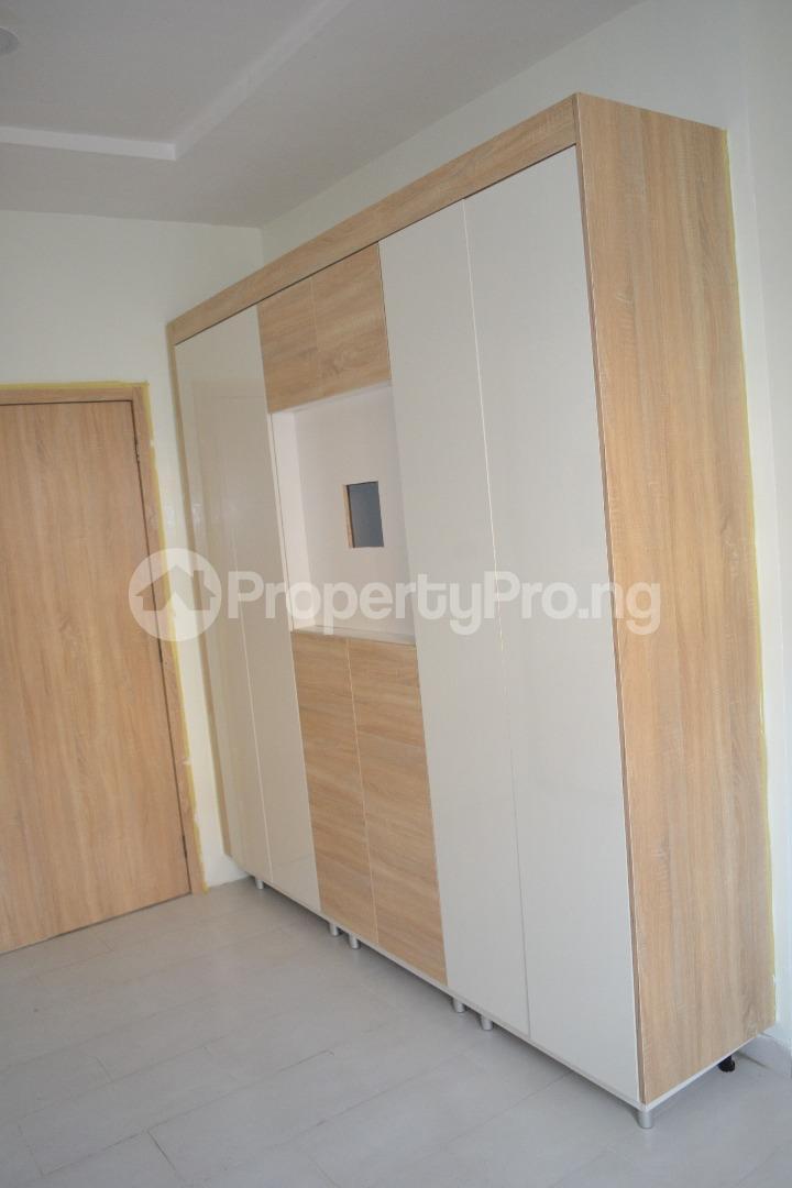 4 bedroom Semi Detached Duplex House for sale Chevron Drive , Lekki Lagos  chevron Lekki Lagos - 4