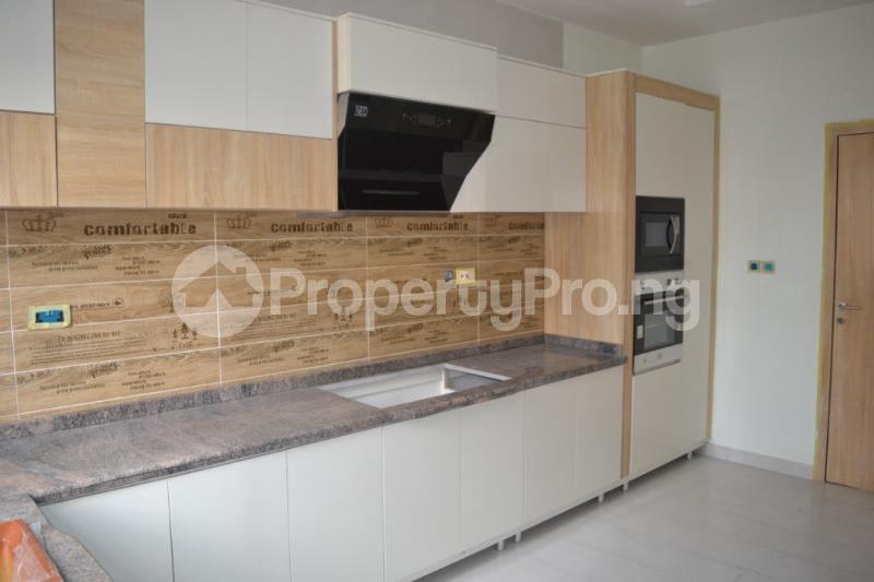 4 bedroom Semi Detached Duplex House for sale Chevron Drive , Lekki Lagos  chevron Lekki Lagos - 11