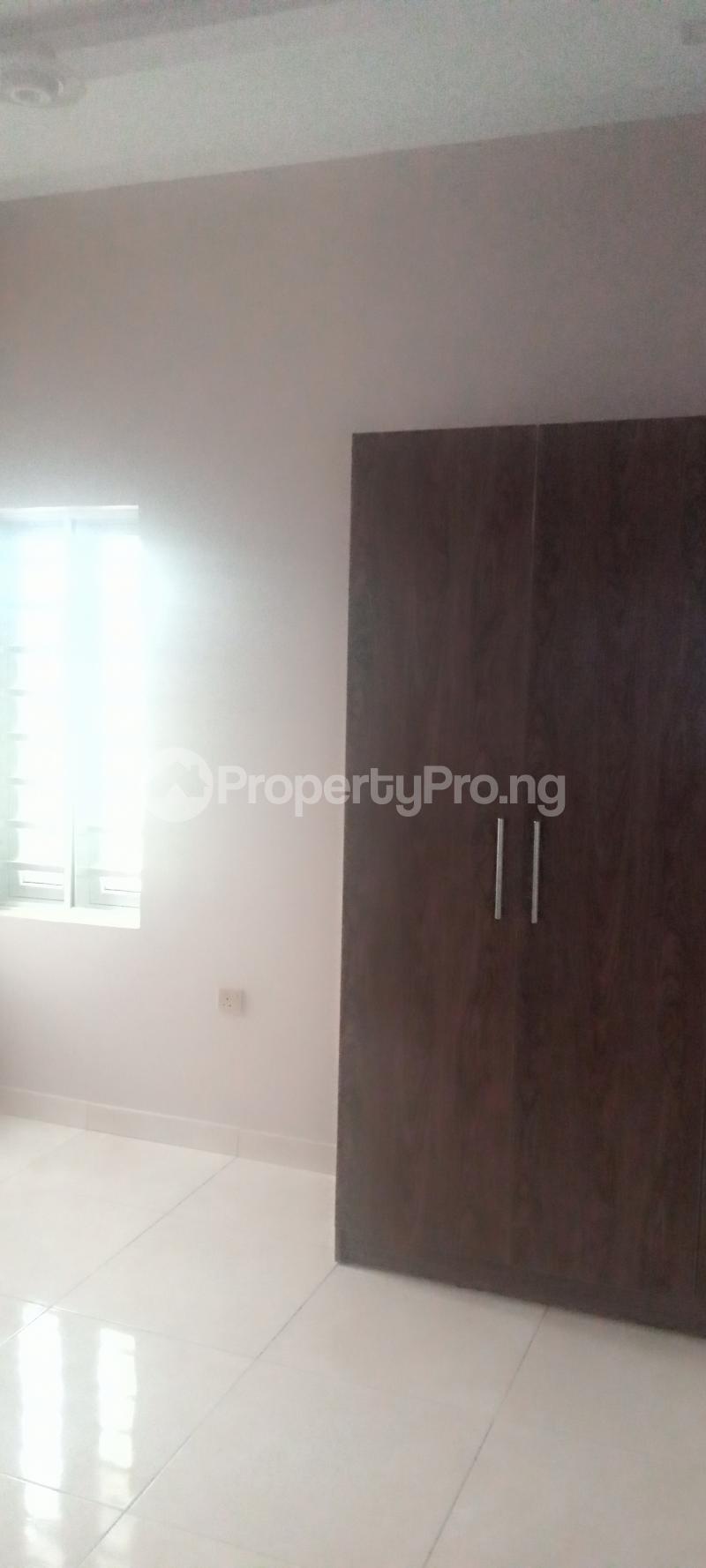 5 bedroom Detached Duplex House for sale Estate drive Omole phase 1 Ojodu Lagos - 9