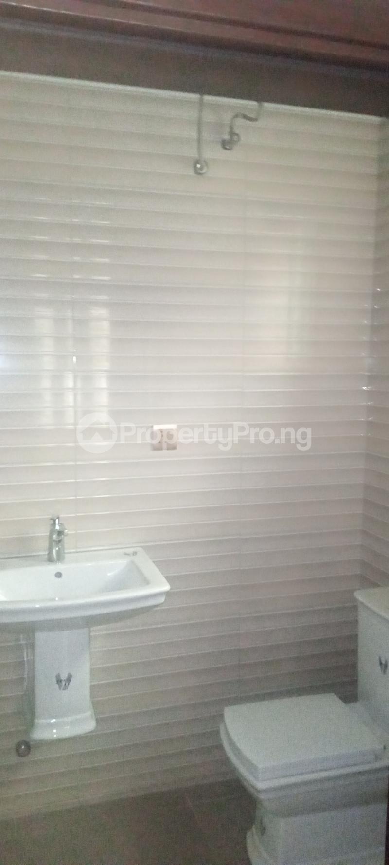 5 bedroom Detached Duplex House for sale Estate drive Omole phase 1 Ojodu Lagos - 23