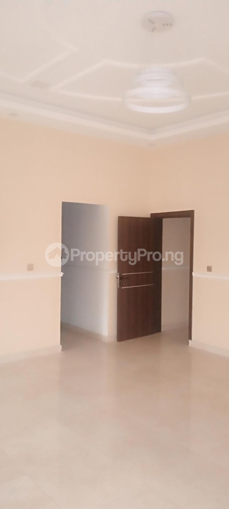 5 bedroom Detached Duplex House for sale Estate drive Omole phase 1 Ojodu Lagos - 8