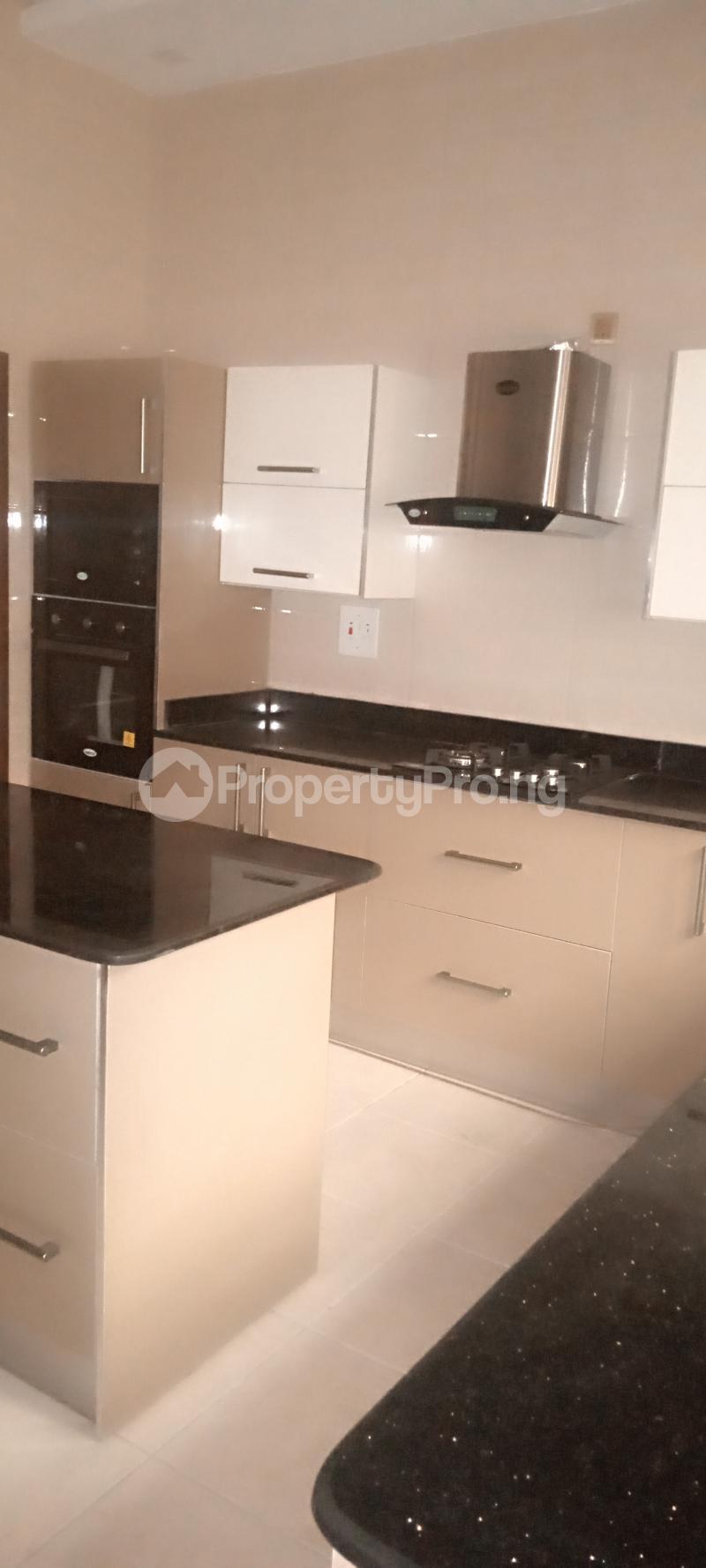 5 bedroom Detached Duplex House for sale Estate drive Omole phase 1 Ojodu Lagos - 5