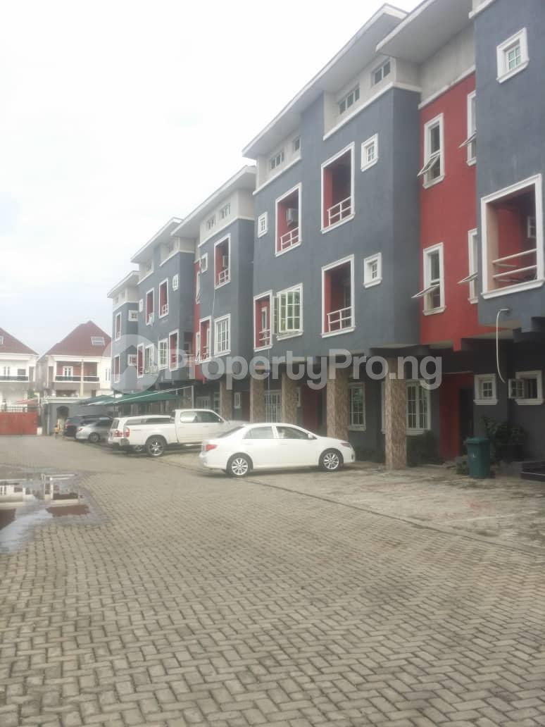 4 bedroom Terraced Duplex House for sale Chevron rd chevron Lekki Lagos - 1