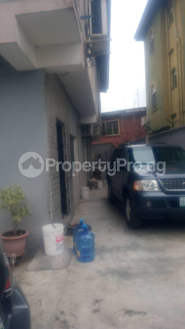 3 bedroom Blocks of Flats House for sale Shomolu Lagos - 0