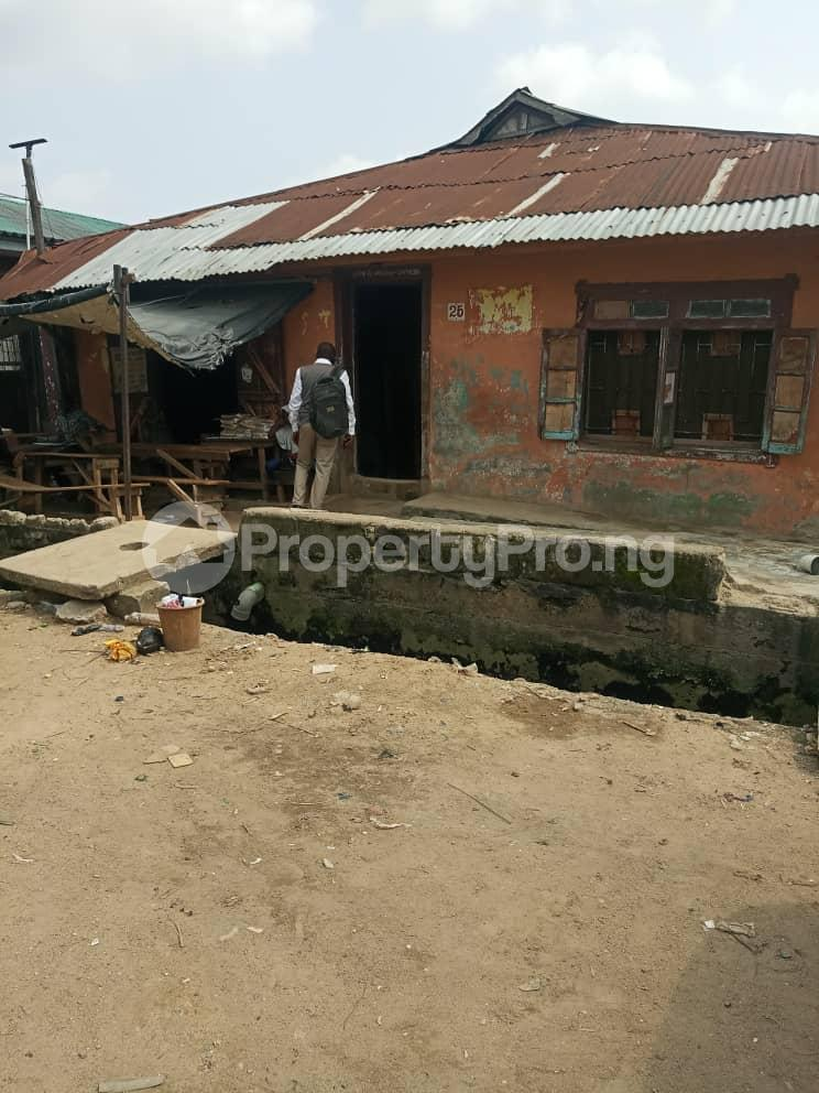 House for sale Shomolu Shomolu Lagos - 0