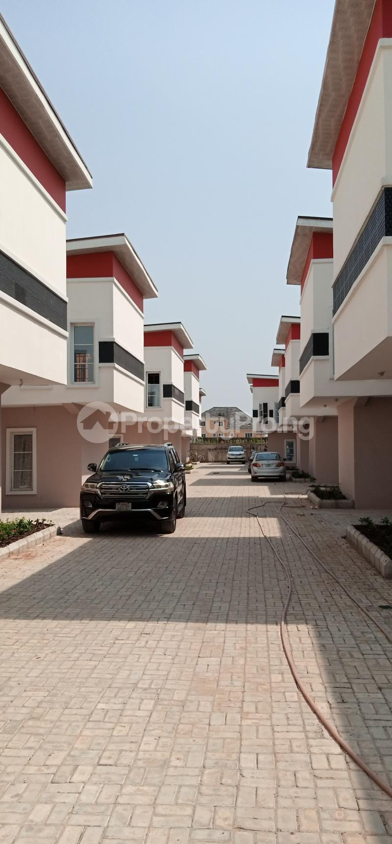4 bedroom Semi Detached Duplex House for sale ... Jakande Lekki Lagos - 2