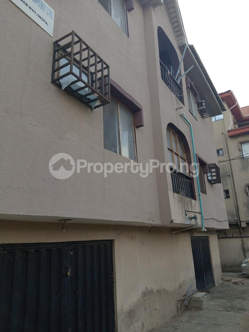 3 bedroom Blocks of Flats House for sale Ago palace  Ago palace Okota Lagos - 0
