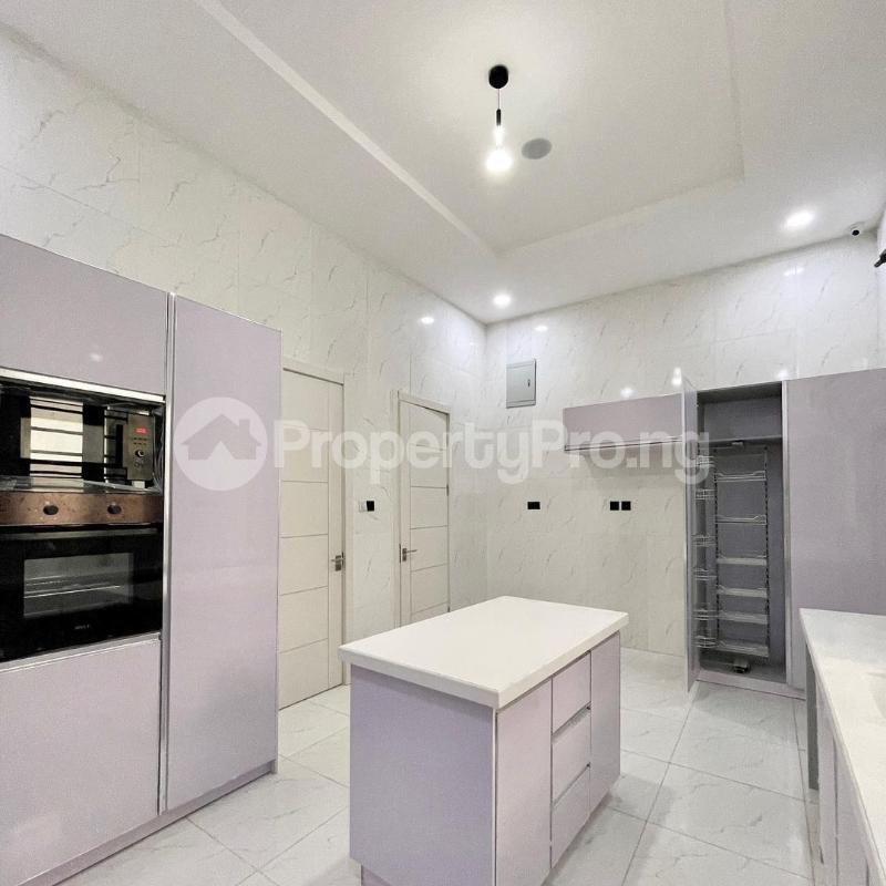 5 bedroom Detached Duplex House for sale 2nd toll gate chevron Lekki Lagos - 4