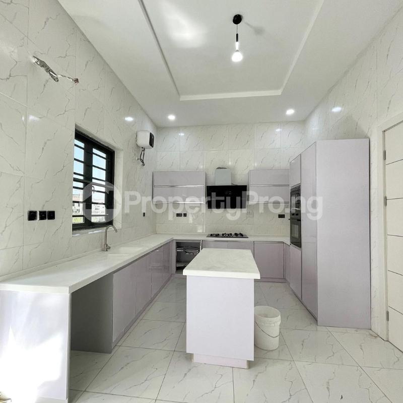 5 bedroom Detached Duplex House for sale 2nd toll gate chevron Lekki Lagos - 3