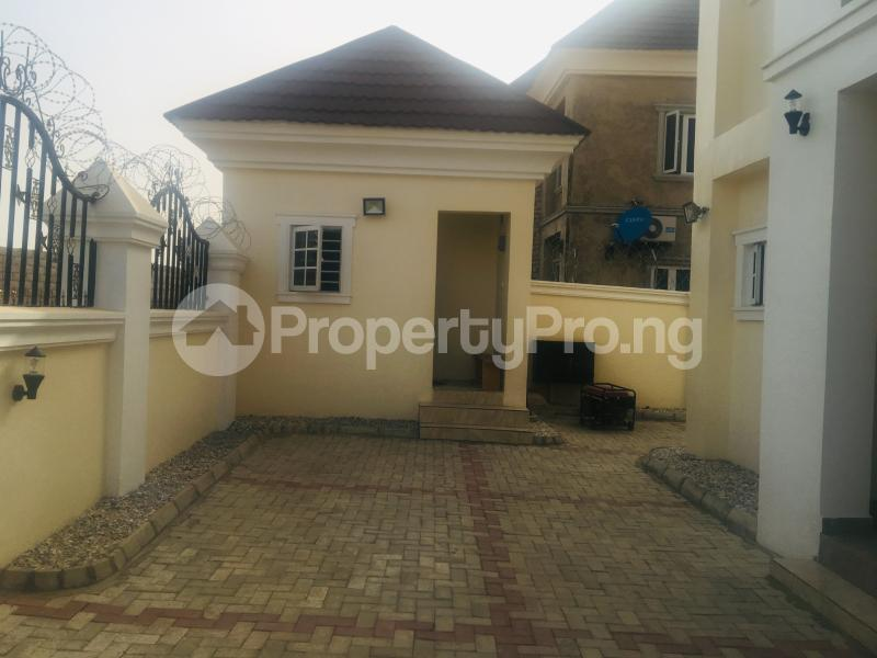 4 bedroom Detached Duplex House for sale Estate off airport road,  Lugbe Abuja - 11