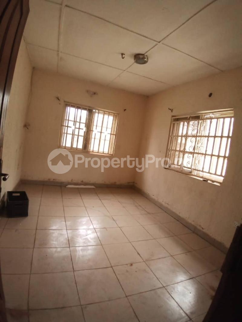 3 bedroom Semi Detached Bungalow House for sale Baruwa Ipaja Ipaja Ipaja Lagos - 5