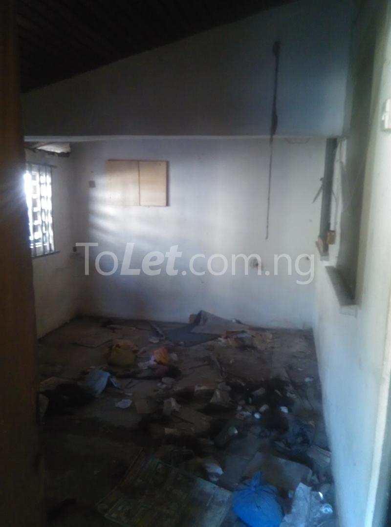 House for sale off bode thomas Bode Thomas Surulere Lagos - 8