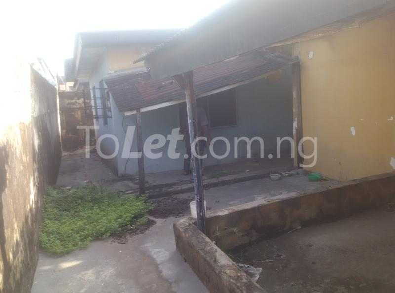 House for sale off bode thomas Bode Thomas Surulere Lagos - 1