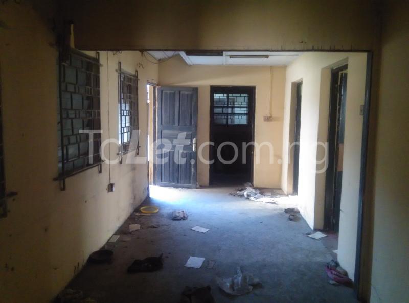 House for sale off bode thomas Bode Thomas Surulere Lagos - 3