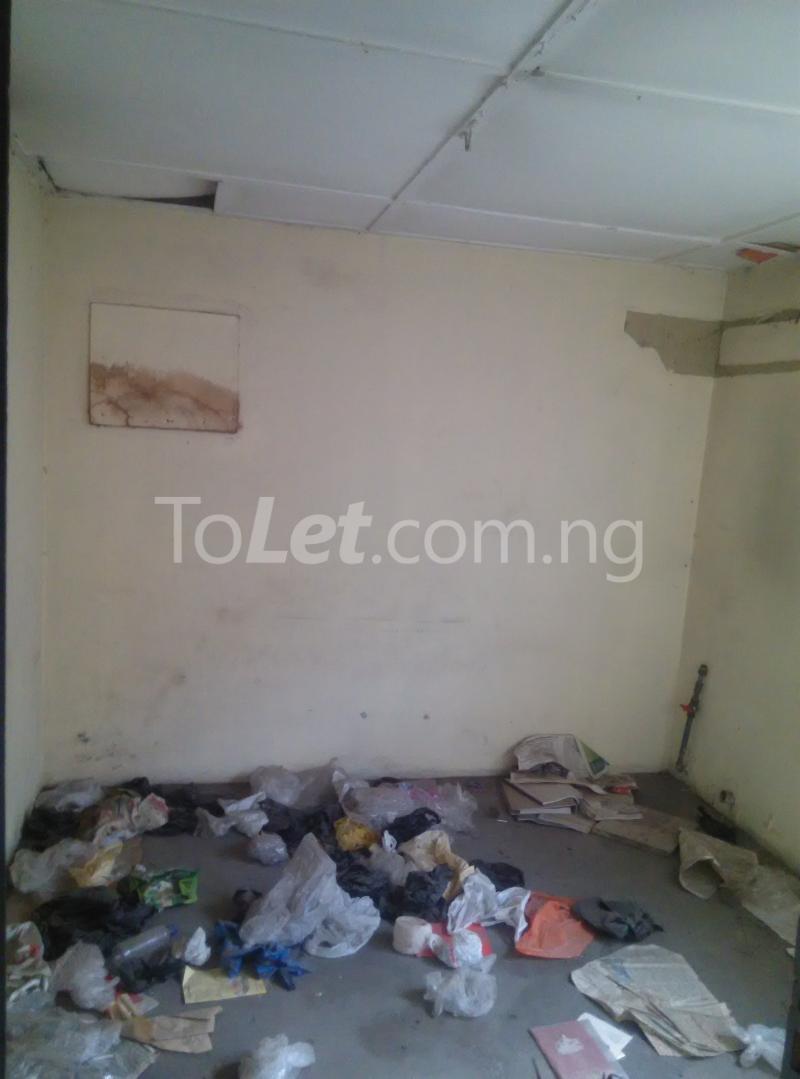 House for sale off bode thomas Bode Thomas Surulere Lagos - 18