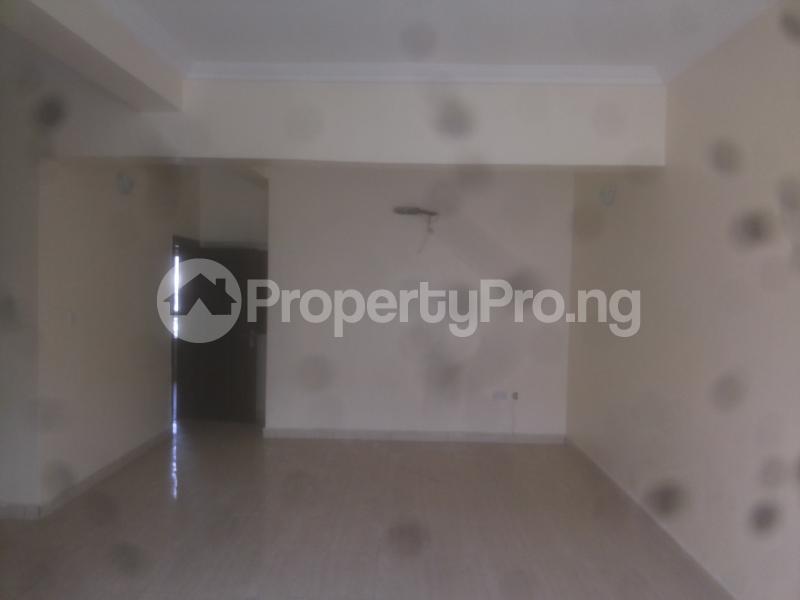 4 bedroom Massionette for sale Jacob Mews Estate Adekunle Yaba Lagos - 3