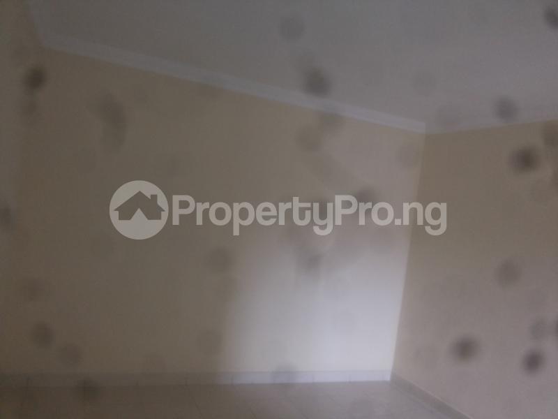 4 bedroom Massionette for sale Jacob Mews Estate Adekunle Yaba Lagos - 4