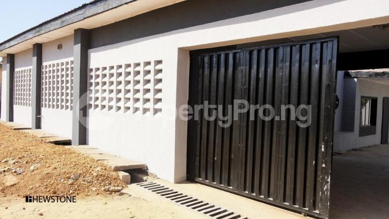 4 bedroom Semi Detached Bungalow House for sale Barnawa area Kaduna South Kaduna - 5