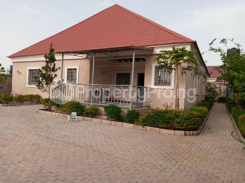4 bedroom Detached Duplex for sale Rayfield Jos South Plateau - 0